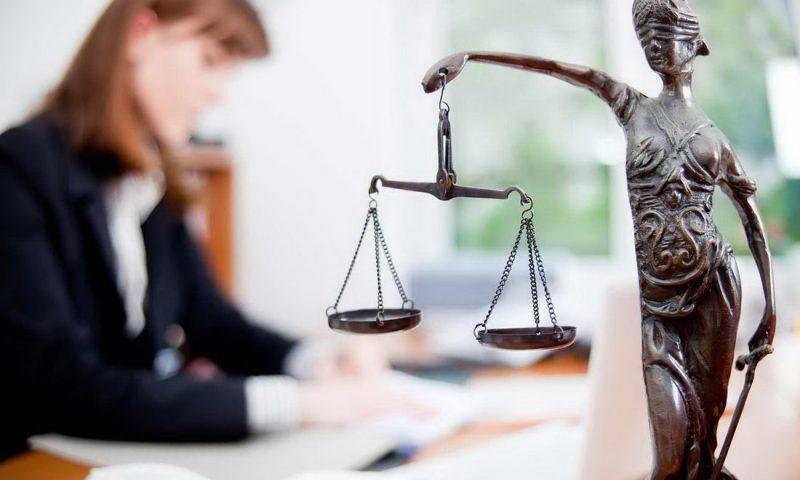 За правовой и социально значимой информацией – в библиотеку