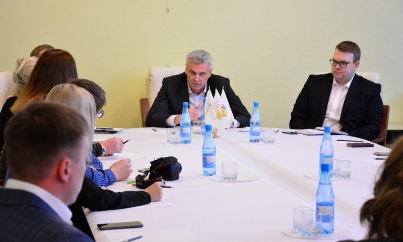 Пресс-конференция губернатора Магаданской области