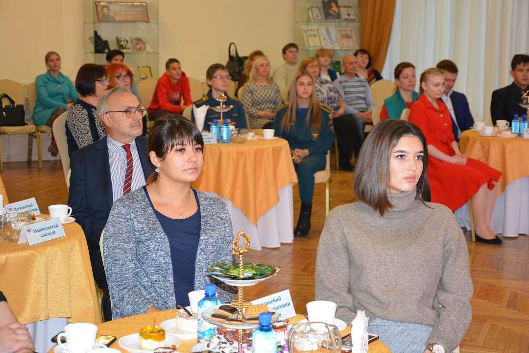 Торжественная церемония вручения именных премий Магаданской областной Думы