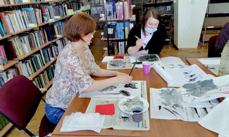 Рисуем лотос. Китайская живопись СЕ-И