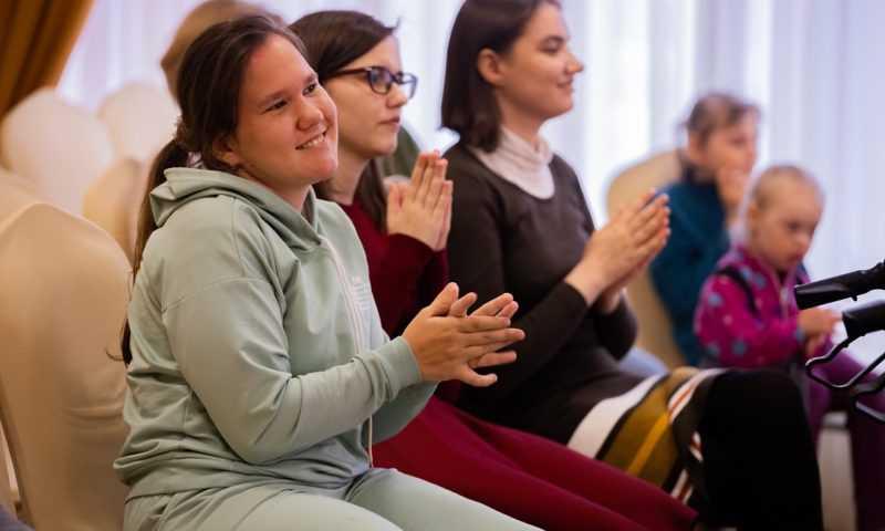 «Сова Мудрова» поздравила особых ребят с Днем защиты детей