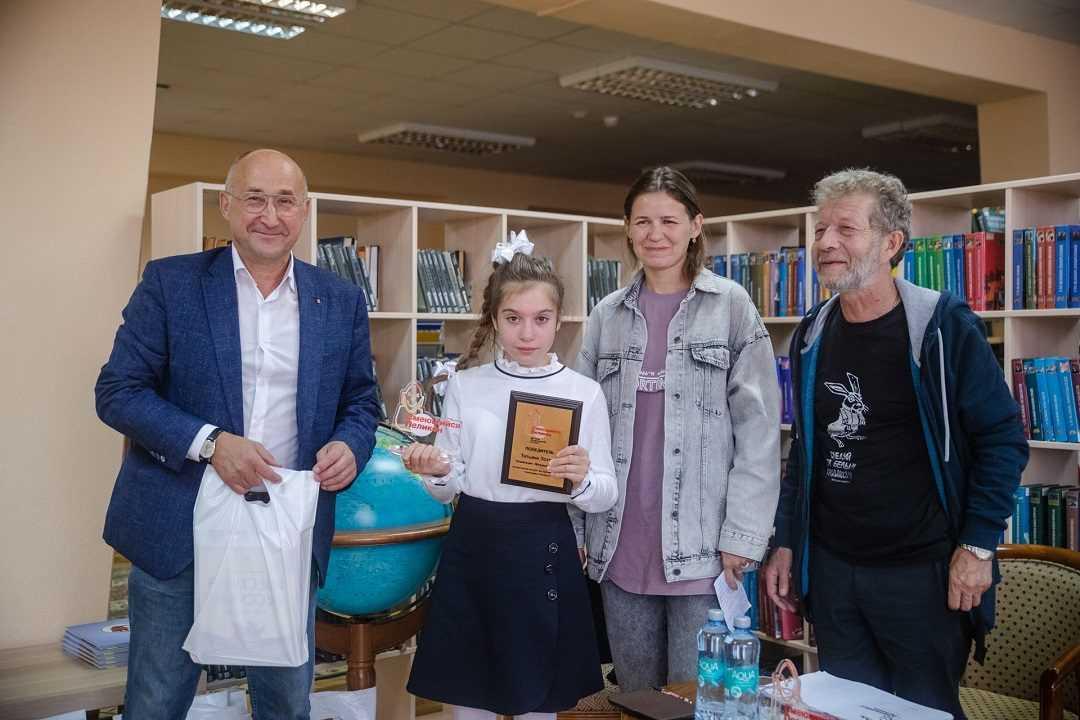 Итоги конкурса имени Е. Наумова «Смеющийся Пеликен»